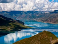 View of Yamdrok Lake on the way to Lhasa