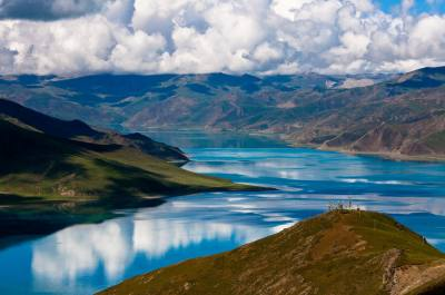 Lhasa and Yamdrok Lake Tour
